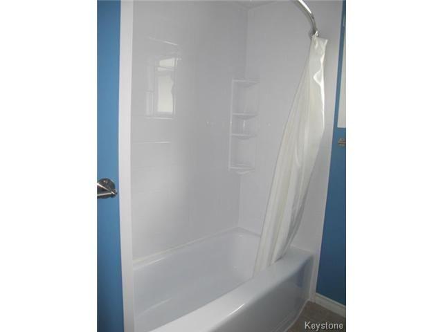Photo 16: Photos:  in WINNIPEG: East Kildonan Residential for sale (North East Winnipeg)  : MLS®# 1414106