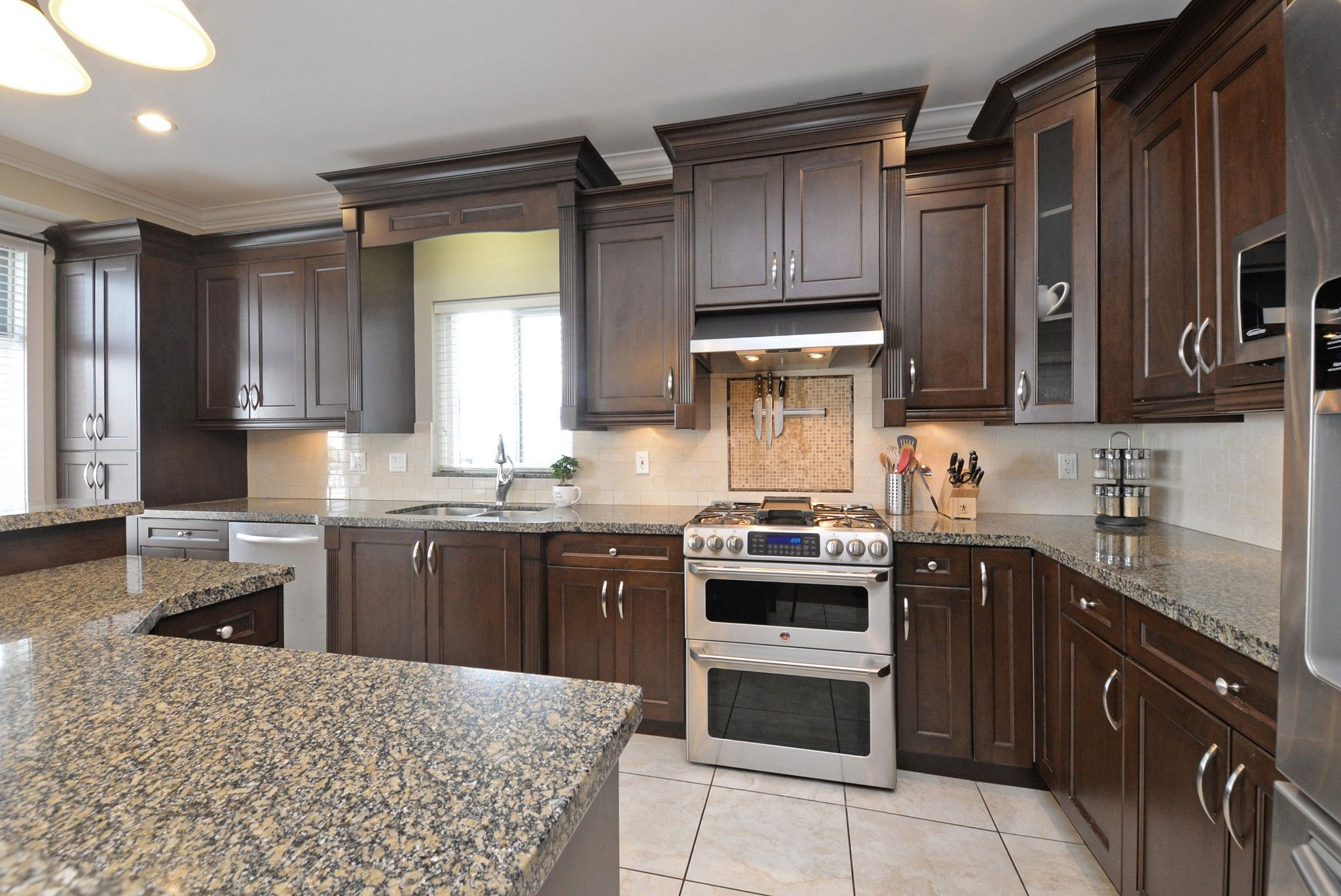 """Main Photo: 7830 211A Street in Langley: Willoughby Heights House for sale in """"YORKSON"""" : MLS®# R2239679"""
