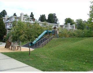 """Photo 11: 402 2628 YEW Street in Vancouver: Kitsilano Condo for sale in """"CONNAUGHT PLACE"""" (Vancouver West)  : MLS®# V784003"""