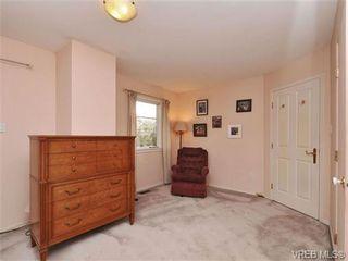 Photo 11: B 1601 Haultain St in VICTORIA: Vi Oaklands Half Duplex for sale (Victoria)  : MLS®# 690016