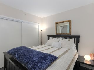 "Photo 7: 1908 668 COLUMBIA Street in New Westminster: Quay Condo for sale in ""Trapp & Holbrook"" : MLS®# R2378796"