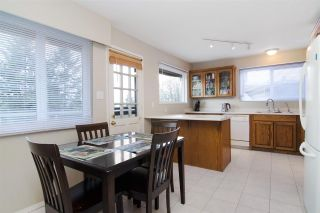 Photo 5: 324 N DELTA Avenue in Burnaby: Capitol Hill BN House for sale (Burnaby North)  : MLS®# R2540407