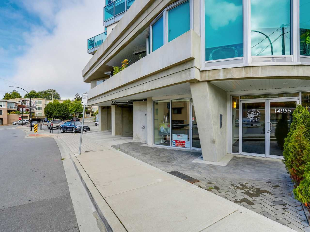 "Photo 2: Photos: 202 14955 VICTORIA Avenue: White Rock Condo for sale in ""SAUSALITO BEACH SIDE LIVING"" (South Surrey White Rock)  : MLS®# R2128764"