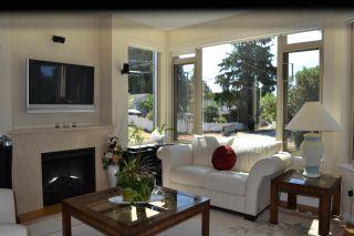 Photo 3: 235 5160 DAVIS BAY Road in Sechelt: Sechelt District Condo for sale (Sunshine Coast)  : MLS®# R2190164