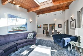 Photo 9: 1329 16 Street NW in Calgary: Hounsfield Heights/Briar Hill Detached for sale : MLS®# A1079306
