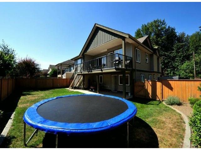 Photo 2: Photos: 8596 FAIRBANKS ST in Mission: Mission BC House for sale : MLS®# F1318181