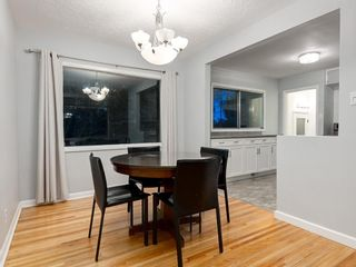 Photo 8: 32 GREENWOOD Crescent SW in Calgary: Glamorgan Detached for sale : MLS®# C4301790