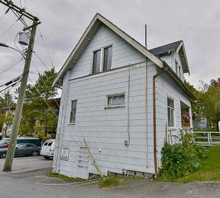 Photo 16: 378 E 14 Avenue in Vancouver: Mount Pleasant VE House for sale (Vancouver East)  : MLS®# R2113202