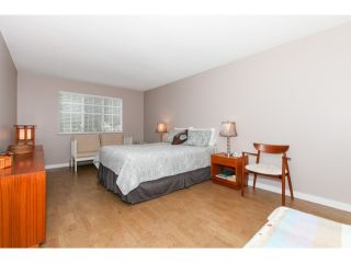 Photo 13: # 201 1140 55TH ST in Tsawwassen: Tsawwassen Central Condo for sale : MLS®# V1118885