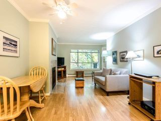 """Photo 3: 215 555 W 14TH Avenue in Vancouver: Fairview VW Condo for sale in """"Cambridge Place"""" (Vancouver West)  : MLS®# R2470013"""