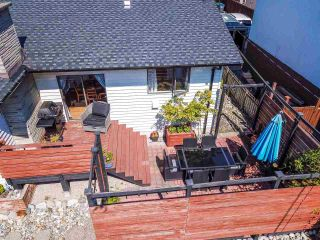 Photo 32: 14485 17 Avenue in Surrey: Sunnyside Park Surrey House for sale (South Surrey White Rock)  : MLS®# R2492269