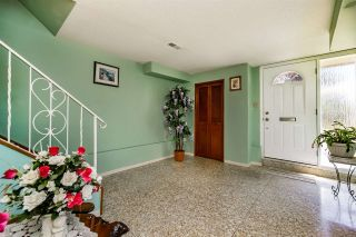 """Photo 3: 3305 E 25TH Avenue in Vancouver: Renfrew Heights House for sale in """"RENFREW HEIGHTS"""" (Vancouver East)  : MLS®# R2097211"""