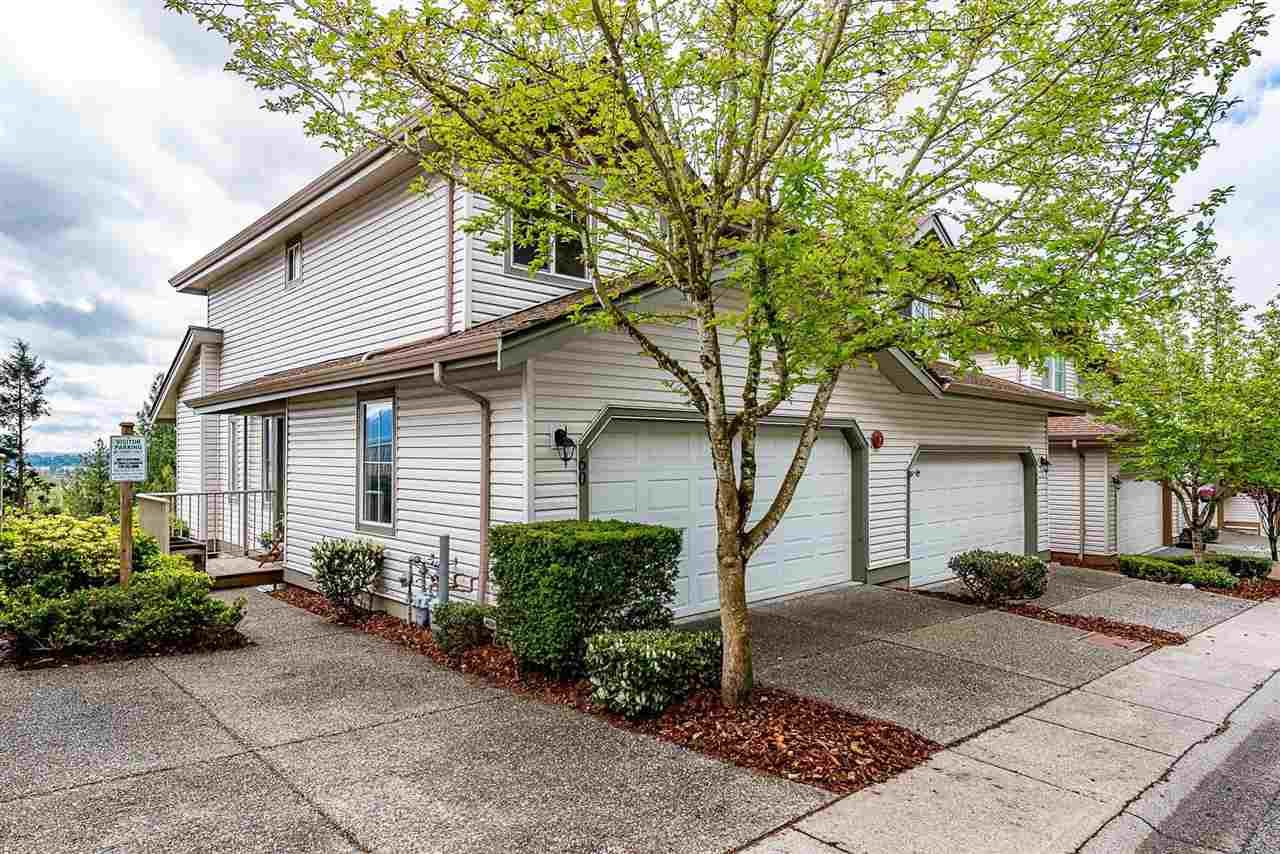"""Main Photo: 60 35287 OLD YALE Road in Abbotsford: Abbotsford East Townhouse for sale in """"The Falls"""" : MLS®# R2586214"""