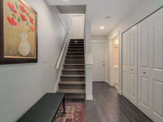 """Photo 3: 9 2469 164 Street in Surrey: Grandview Surrey Townhouse for sale in """"Abby Road"""" (South Surrey White Rock)  : MLS®# R2063728"""