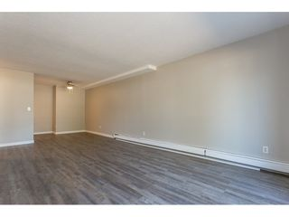 """Photo 11: 105 33956 ESSENDENE Avenue in Abbotsford: Central Abbotsford Condo for sale in """"Hillcrest Manor"""" : MLS®# R2192762"""
