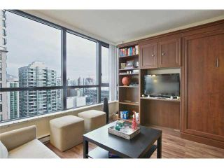 """Photo 7: 2504 977 MAINLAND Street in Vancouver: Yaletown Condo for sale in """"YALETOWN PARK III"""" (Vancouver West)  : MLS®# V1094535"""