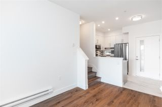 """Photo 5: 305 218 CARNARVON Street in New Westminster: Downtown NW Townhouse for sale in """"Irving Living"""" : MLS®# R2505635"""