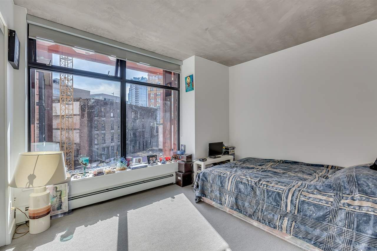 """Photo 16: Photos: 610 128 W CORDOVA Street in Vancouver: Downtown VW Condo for sale in """"WOODWARDS W43"""" (Vancouver West)  : MLS®# R2191922"""