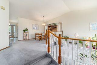 Photo 5: 6804 152C Avenue in Edmonton: Zone 02 House for sale : MLS®# E4254711