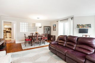 """Photo 4: 1203 PLATEAU Drive in North Vancouver: Pemberton Heights Townhouse for sale in """"Plateau Village"""" : MLS®# R2418766"""