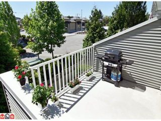 """Photo 9: 28 6450 199TH Street in Langley: Willoughby Heights Townhouse for sale in """"LOGANS LANDING"""" : MLS®# F1019917"""