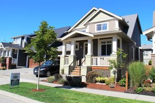 Photo 2: 17269 0A Ave in South Surrey White Rock: Home for sale : MLS®# F1423384