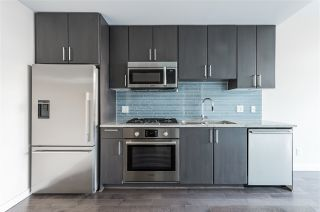 """Photo 6: 807 38 W 1ST Avenue in Vancouver: False Creek Condo for sale in """"THE ONE"""" (Vancouver West)  : MLS®# R2525858"""