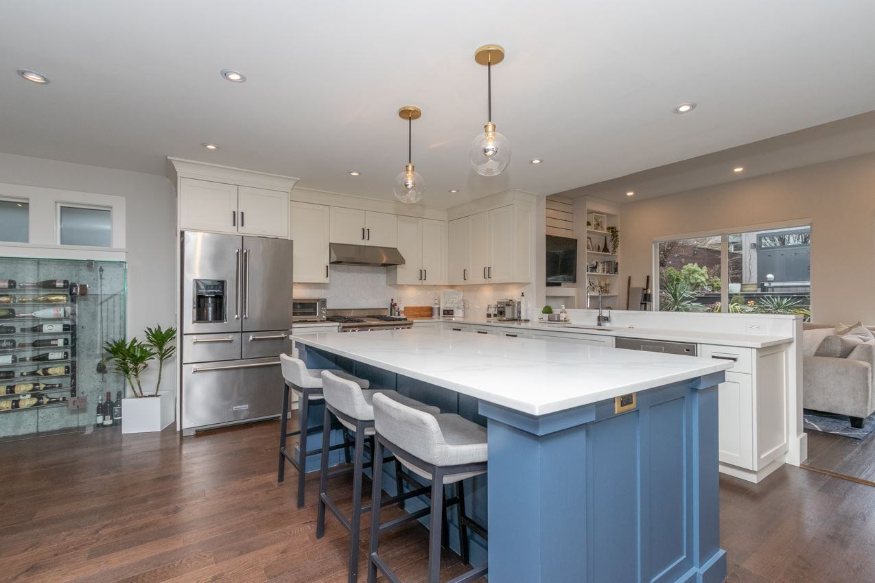 Photo 7: Photos: 882 WHITCHURCH Street in North Vancouver: Calverhall House for sale : MLS®# R2537806