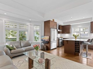 Photo 4: 3323 W 2ND AVENUE in Vancouver: Kitsilano 1/2 Duplex for sale (Vancouver West)  : MLS®# R2538442