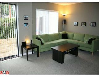 """Photo 4: 113 13880 74 Avenue in Surrey: East Newton Townhouse for sale in """"Wedgewood Estates"""" : MLS®# F1003107"""