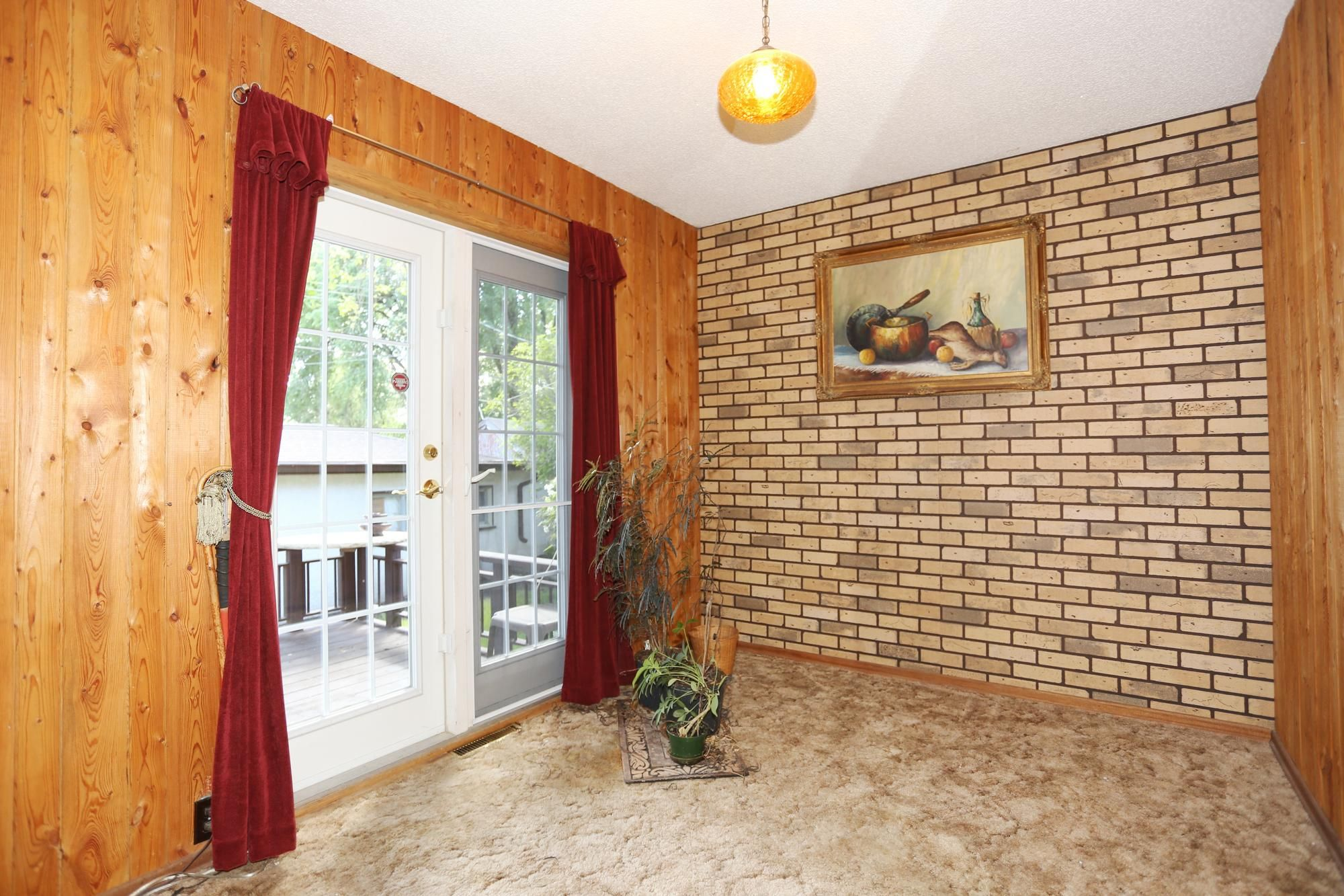 Photo 17: Photos: 1320 Valour Road in Winnipeg: West End Single Family Detached for sale (5C)  : MLS®# 1816744