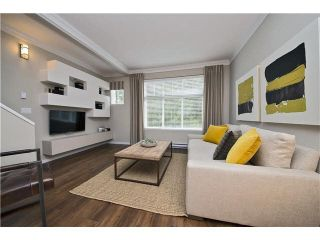 Photo 2: 113 5858 142 ST in Surrey: Sullivan Station Townhouse for sale : MLS®# N/A