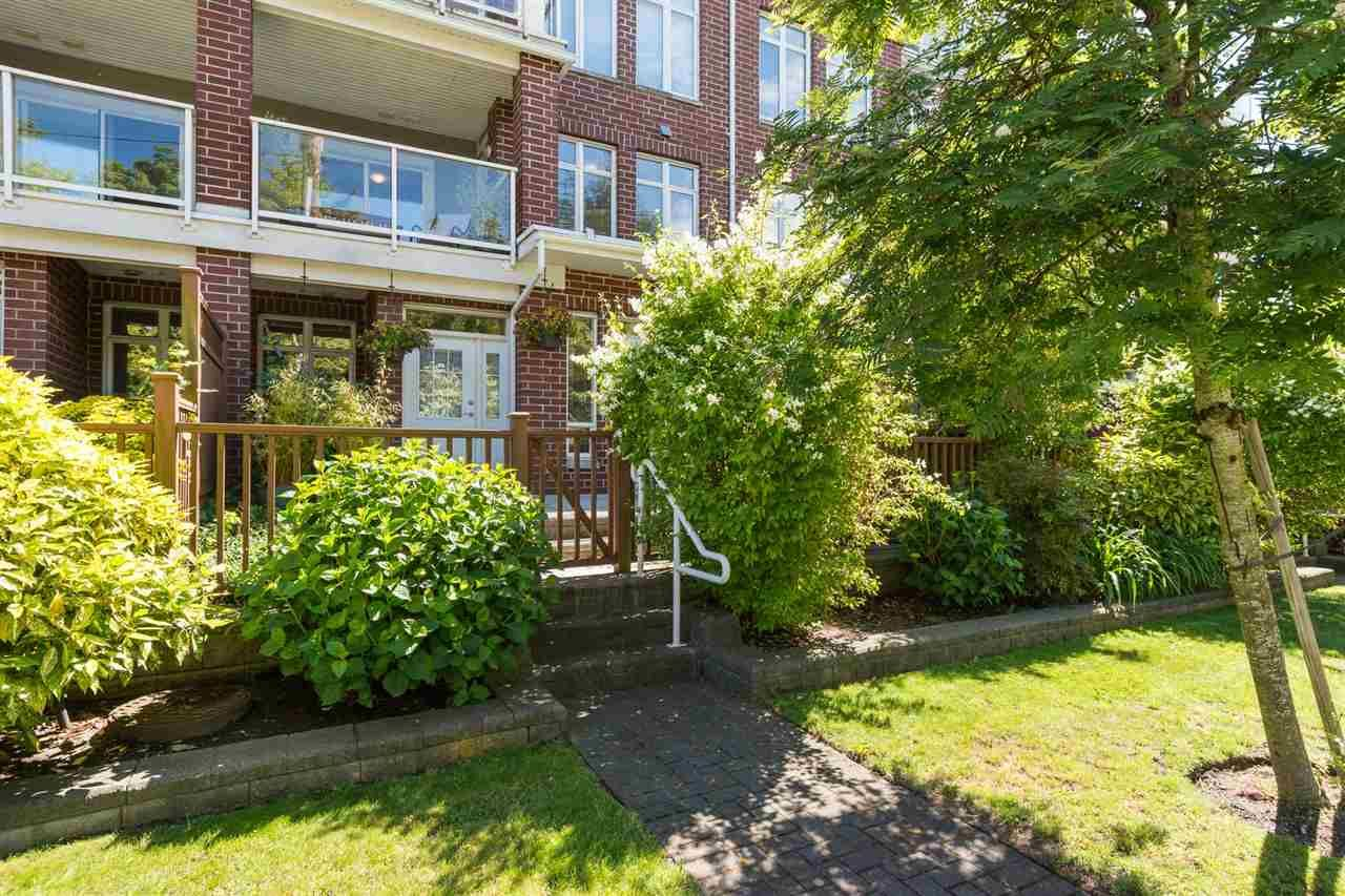 """Main Photo: 115 4280 MONCTON Street in Richmond: Steveston South Townhouse for sale in """"The Village at Imperial Landing"""" : MLS®# R2233408"""