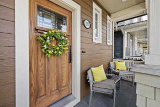 """Photo 3: 257 173 Street in Surrey: Pacific Douglas House for sale in """"Summerfield"""" (South Surrey White Rock)  : MLS®# R2573638"""