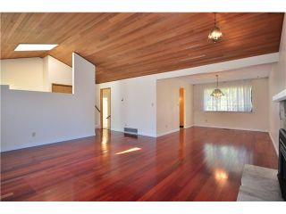 Photo 3: 503 CONNAUGHT Drive in Tsawwassen: Pebble Hill House for sale : MLS®# V830261