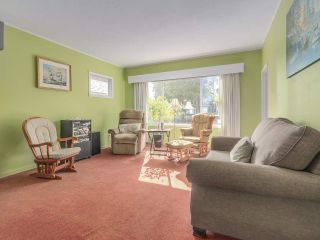 Photo 3: 729 E 10TH Avenue in Vancouver: Mount Pleasant VE House for sale (Vancouver East)  : MLS®# R2113707