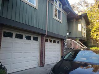 Photo 2: 2 3955 Oakwinds St in : SE Cedar Hill Row/Townhouse for sale (Saanich East)  : MLS®# 886155