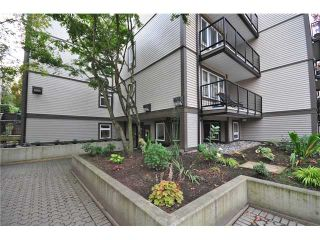 """Photo 9: 307 1060 E BROADWAY in Vancouver: Mount Pleasant VE Condo for sale in """"MARINER MEWS"""" (Vancouver East)  : MLS®# V856791"""