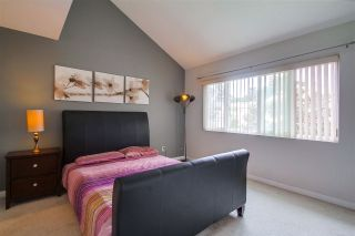 Photo 12: CLAIREMONT Townhouse for sale : 3 bedrooms : 5528 Caminito Katerina in San Diego