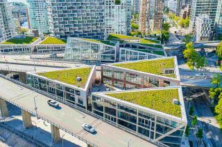 """Photo 17: 2306 550 PACIFIC Street in Vancouver: Yaletown Condo for sale in """"AQUA AT THE PARK"""" (Vancouver West)  : MLS®# R2580725"""