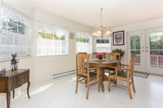 """Photo 5: 41383 DRYDEN Road in Squamish: Brackendale House for sale in """"Eagle Run"""" : MLS®# R2163949"""