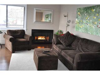 """Photo 1: 307 175 E 5TH Street in North Vancouver: Lower Lonsdale Condo for sale in """"WELLINGTON MANOR"""" : MLS®# V870783"""