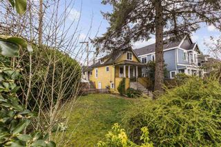 Photo 1: 4212 PERRY Street in Vancouver: Victoria VE House for sale (Vancouver East)  : MLS®# R2553760