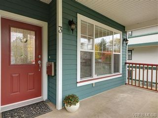 Photo 2: 3 1250 Johnson St in VICTORIA: Vi Downtown Row/Townhouse for sale (Victoria)  : MLS®# 744858