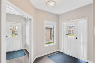 Photo 2: 121 Everhollow Rise SW in Calgary: Evergreen Detached for sale : MLS®# A1146816