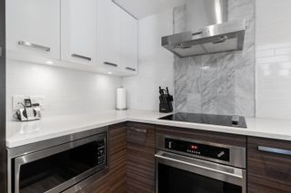 """Photo 17: 909 1783 MANITOBA Street in Vancouver: False Creek Condo for sale in """"RESIDENCES AT WEST"""" (Vancouver West)  : MLS®# R2625180"""