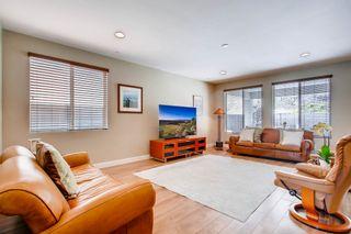 Photo 3: Residential for sale : 5 bedrooms : 443 Machado Way in Vista