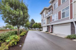 """Photo 4: 2 8466 MIDTOWN Way in Chilliwack: Chilliwack W Young-Well Townhouse for sale in """"MIDTOWN II"""" : MLS®# R2621321"""
