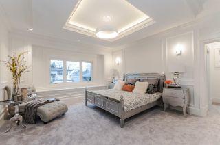 Photo 12: 9260 CHAPMOND Crescent in Richmond: Seafair House for sale : MLS®# R2430658