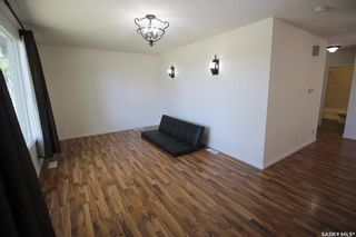 Photo 4: 450 Vancouver Avenue North in Saskatoon: Mount Royal SA Residential for sale : MLS®# SK860864